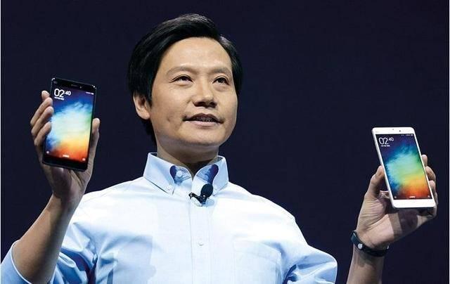 董明珠放弃格力手机,公开使用三星折叠屏!网友:华为的不香吗?