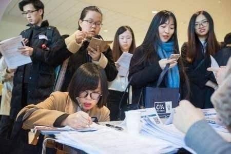 原创高校要求中国学生打扫留学生宿舍,引网友争议,为何如此不公平?