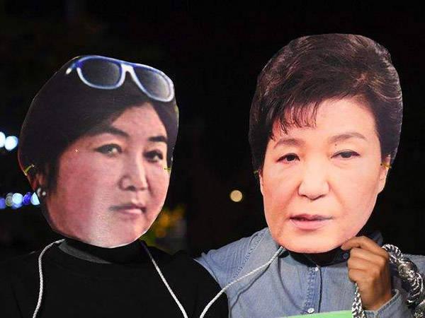 原创 崔顺实出书《我是谁》,赞扬还是抹黑朴槿惠?