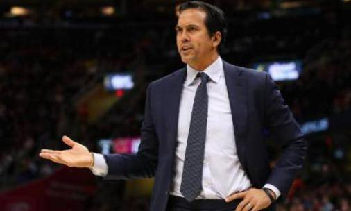 <strong>教练:NBA必须在赛季恢复时利用这个</strong>