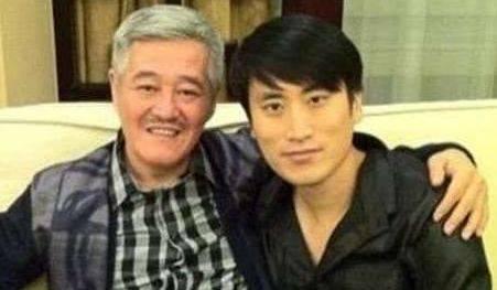 他是赵本山徒弟中最有钱的,拍戏是爱好,混不好就回去继承家产!