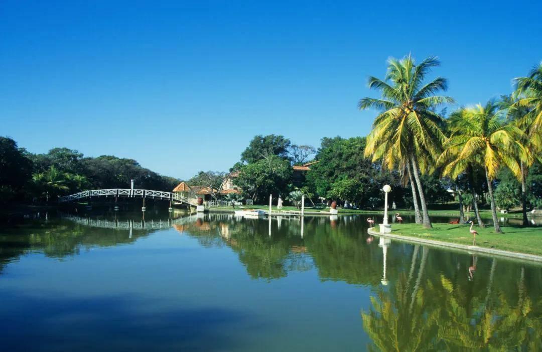 周杰伦新歌取景地,一个对华免签几十年的宝藏国家