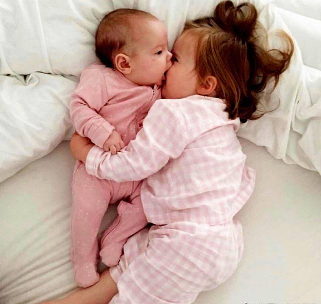 大宝@四点注意能做到,大宝健康成长二宝聪明发育,顺产后半年又怀孕