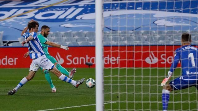 国际足联最新规则解读:皇马二进球毫无争议!本泽马进球不算手球