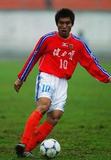 里皮曾赞郑智具备优秀教练资质:可支持年轻球员成长