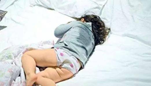 宝宝睡觉出汗多枕头全湿透是怎么回事,盗汗和虚汗的区别