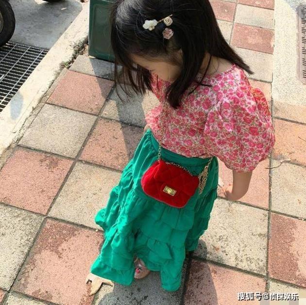 伊能静秦昊隔空为女儿庆祝生日,4岁米粒越长越可爱