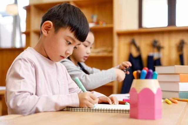 家长@轻松培养孩子的专注力,如何培养娃的专注力?家长学会这一招