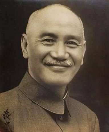 抗战刚结束,蒋介石在全国成立的九个军事大本营,都是谁担任主官
