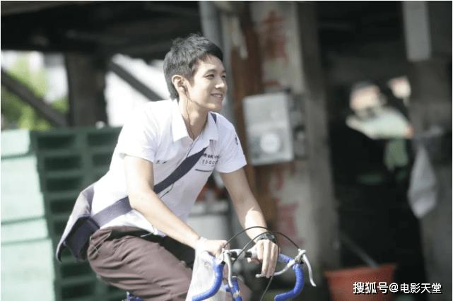 电影首映会哭成泪人,柯震东与老搭档联手,二次复出能成功吗?
