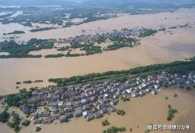"""原创             进入7月以来梅雨带依旧盘踞在江淮地区,今年恐出现""""南涝北旱"""""""