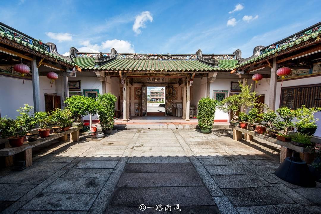 原创             广东贫困县藏着画里乡村,建筑华丽堪比黄山宏村,曾经穷得叮当响