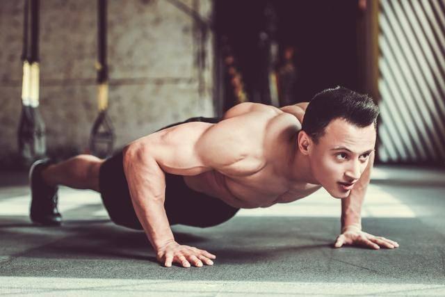 每天坚持做200个俯卧撑,坚持30天,身体会有哪些方面的变化?