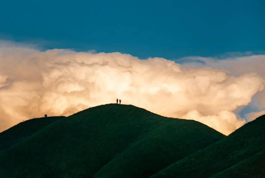 登金顶,看日出,观云海,住帐篷,望星空,武功山值得你翻山越岭!!