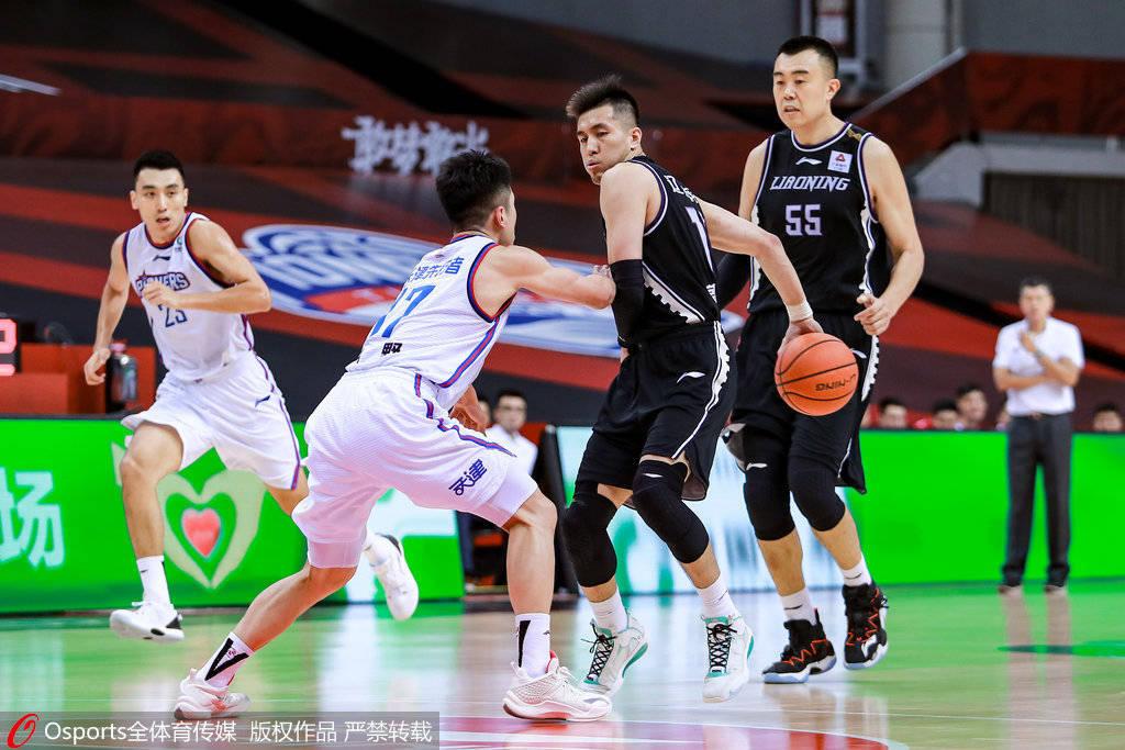 郭少复出11+9全队9人上双 辽宁55分优势狂胜天津