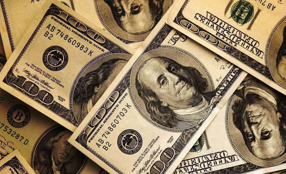 英国皇家学会学报:雄激素水平高、受他人注视下的男性花钱最慷慨