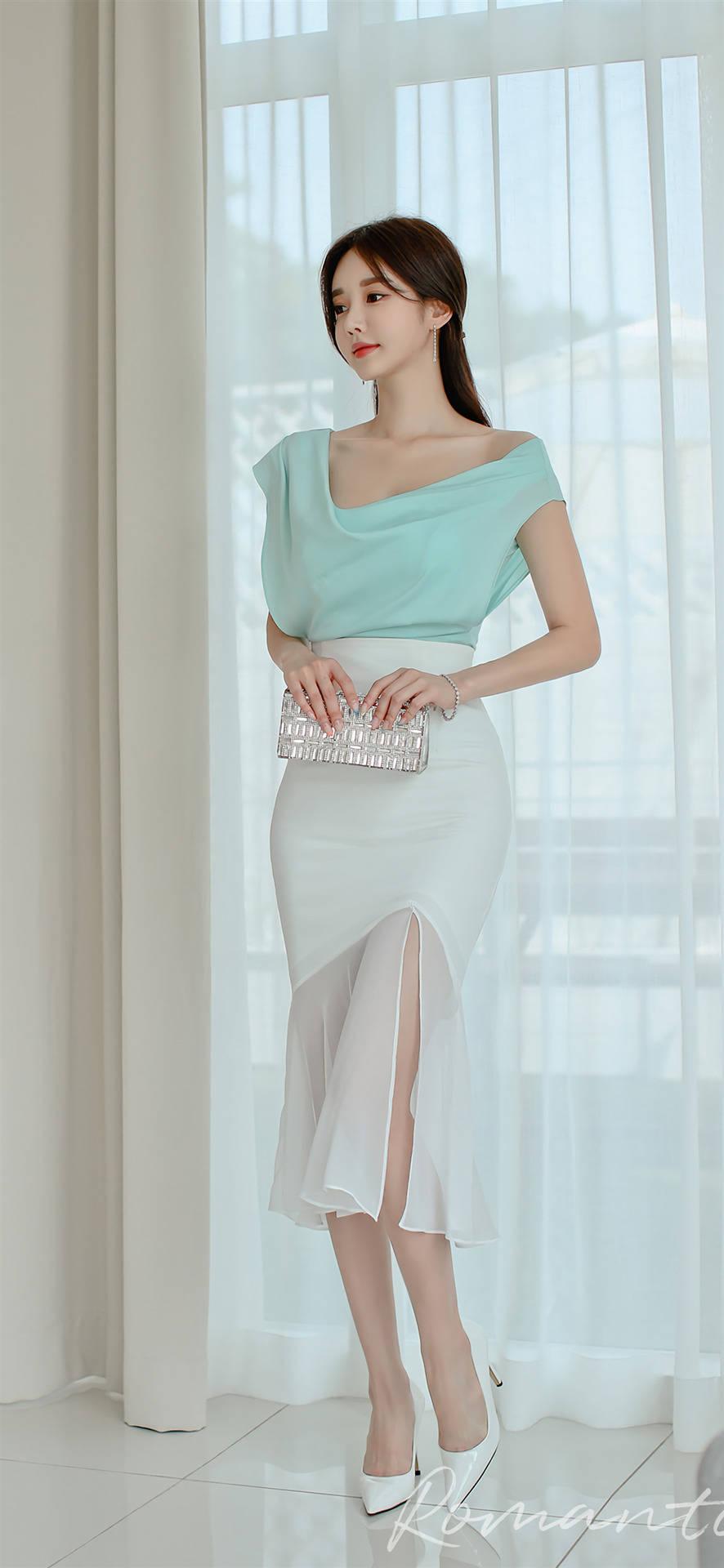 韩国美女孙允珠时尚连衣裙美图欣赏