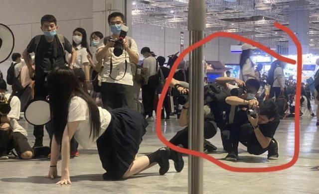 """上海漫展jk事件原图片超不雅,女主道歉承认""""确实有点sao"""""""