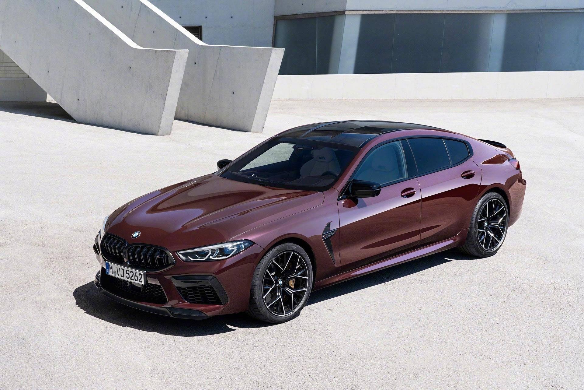 """原厂宝马迎来了最新款""""coupe"""",M8四轮驱动迅雷版亮相成都车展,长度超过5米"""