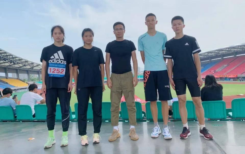 3金1铜,再破纪录!宁波镇海中学