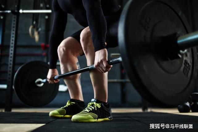 练腿能给身体带来许多好处,为什么不练?6个动作,坚持下去!