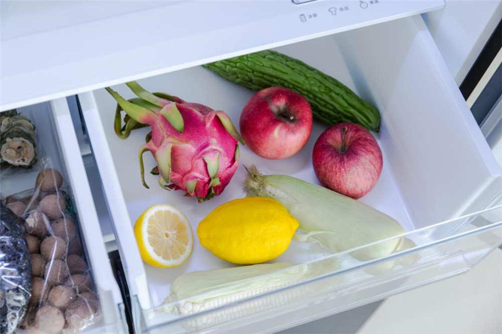 """保鲜、预警、净味三步走,美的508升冰箱让食材""""高枕无忧"""""""