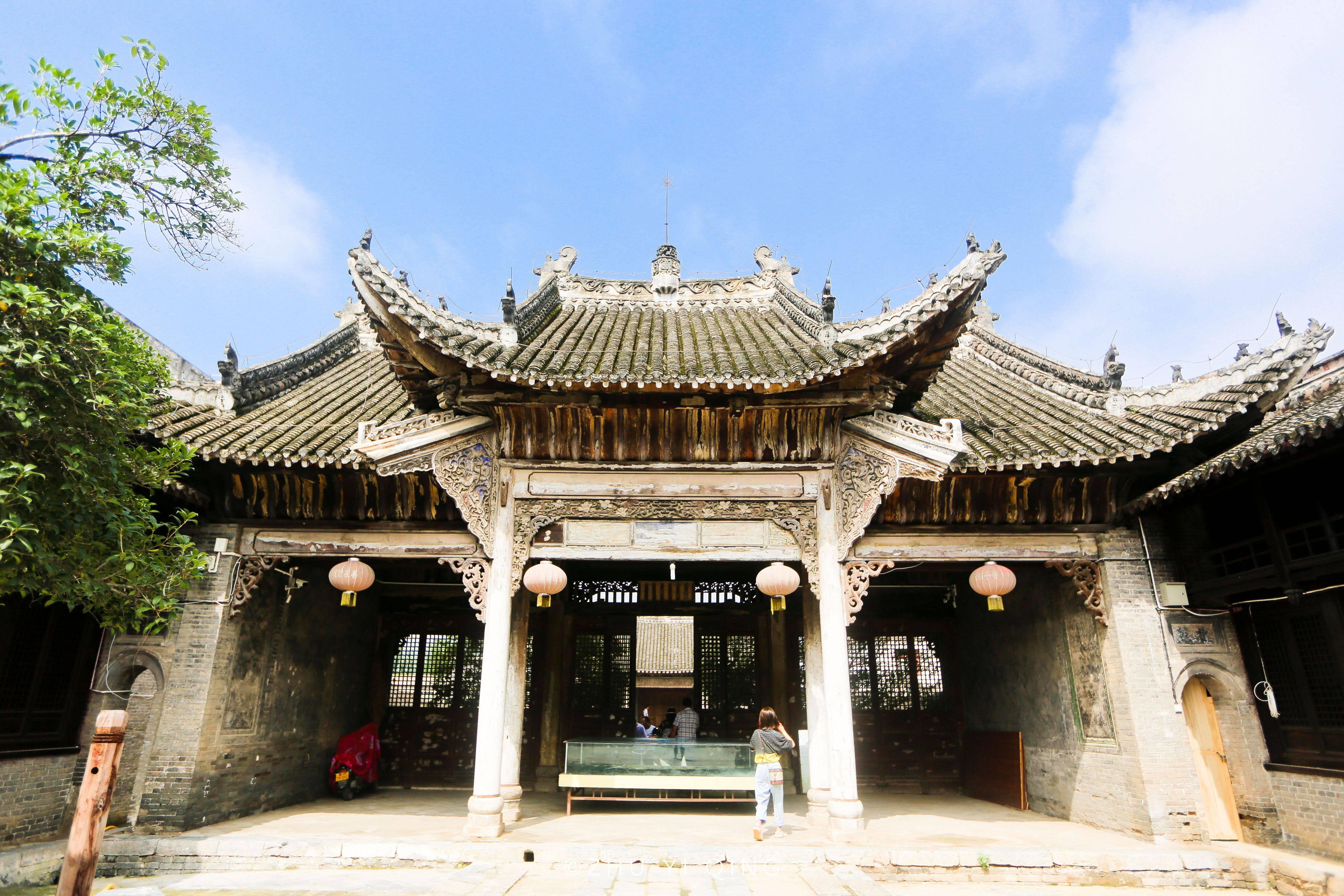河南有座神奇的古鎮,地處三省交界,許多游客前來只為一腳踏三省