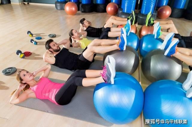 想增肌?务必先减脂,不要为健身做徒劳的用功!
