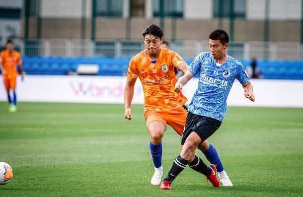 中国足球未来希望!21岁新星1分钟2次1V1完爆李铁国足主力