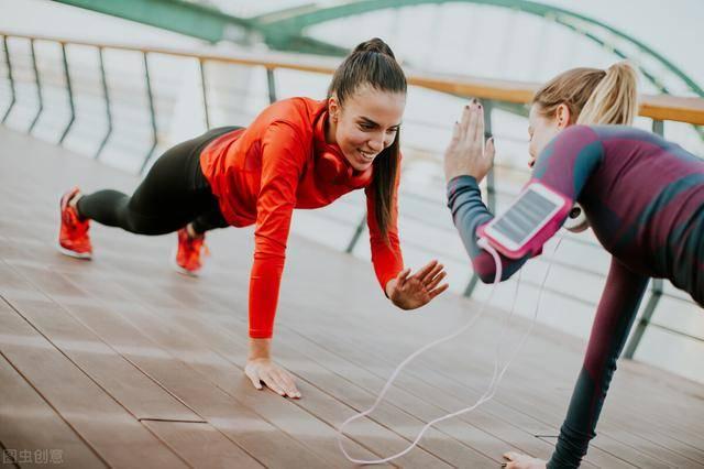 运动燃脂排行榜第一名,其实不是跑步、跳绳,而是拳击