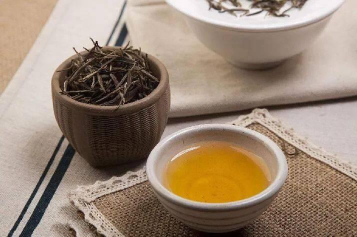 基金排行             茶叶卖不动了?乌龙茶市占率不及2%,中茶股份IPO存货逐年攀升