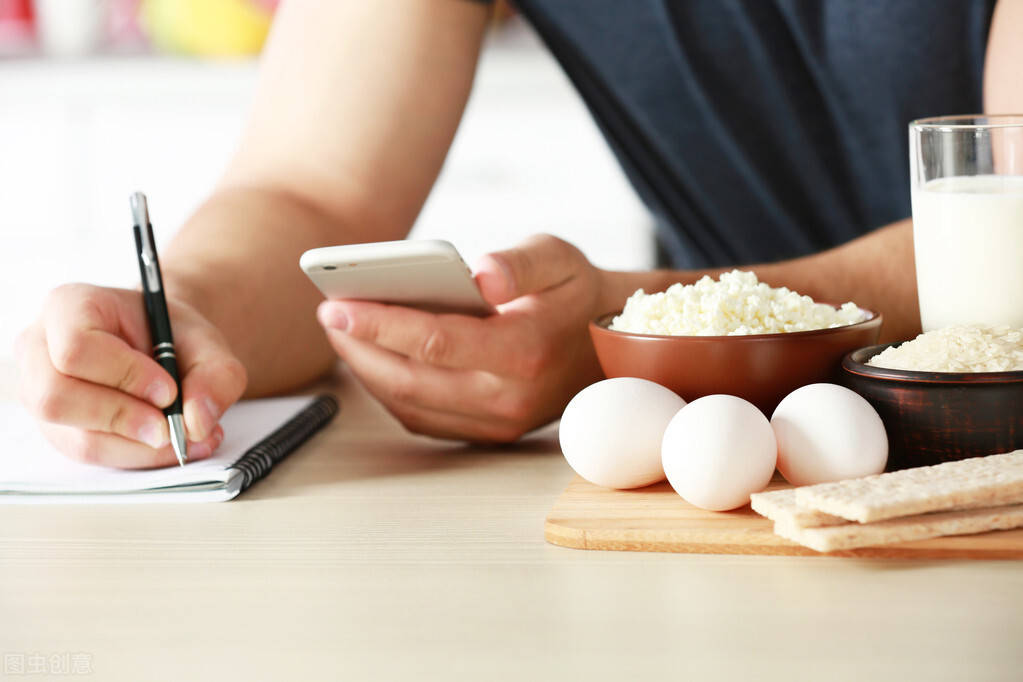 既然控制饮食能减肥,为什么还要多健身运动呢?