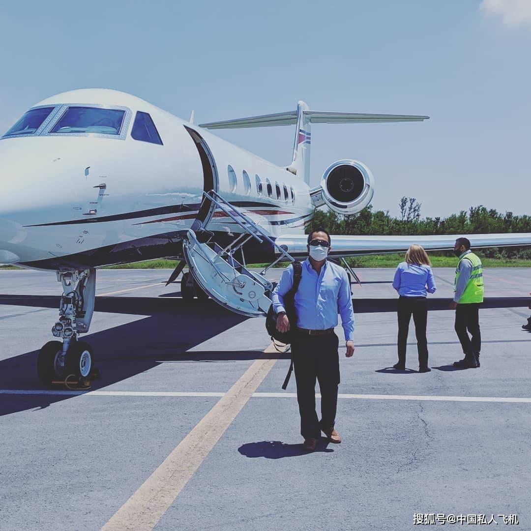 中国明星富豪私人飞机大比拼_本田论坛-进口-爱卡汽车网论坛