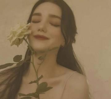 女生头像:我怕我所有的热情都终将如烟花一样
