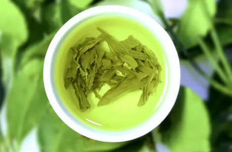 分辨茶叶是否加了香精??这些技巧学起