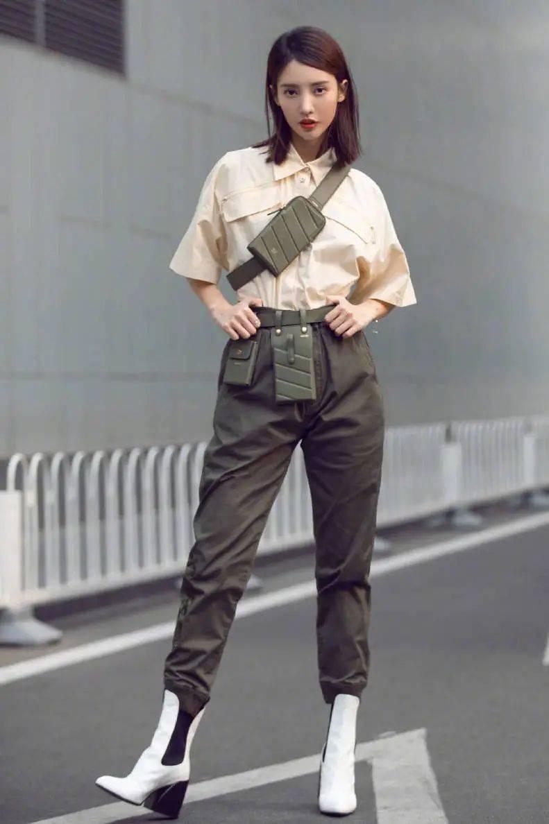 忘记阔腿裤吧!2020下半年最流行的裤子长这样呀