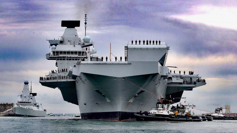 英国海军新舰和航空母舰遭受了新一波耻辱,差点坏了北约的演习