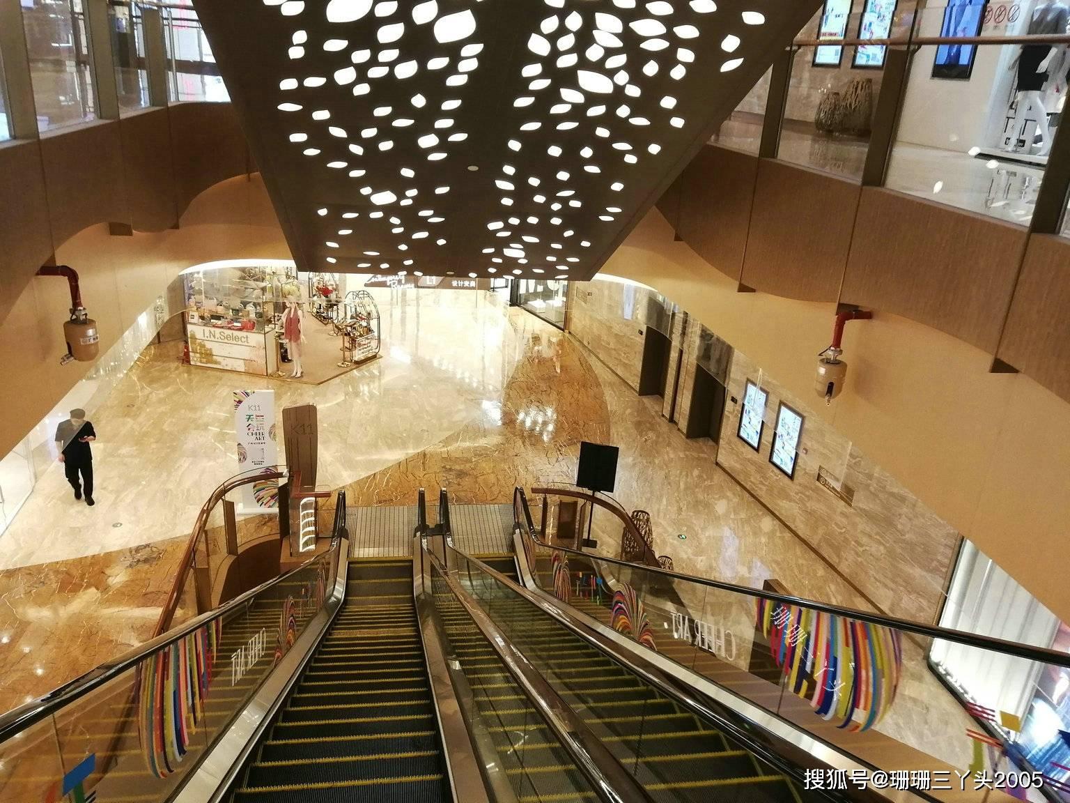 """广州最高商业地标里""""艺术""""商场,曾月客流100万,为何变冷清?"""