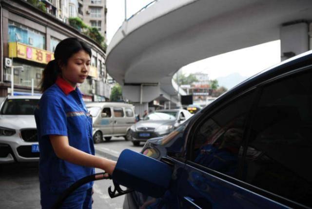 95号油的私家车比92号油的动力强吗? 私家车加托