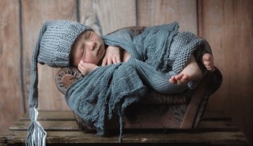 第三招:选择母乳喂养 宝宝鼻子上火怎么