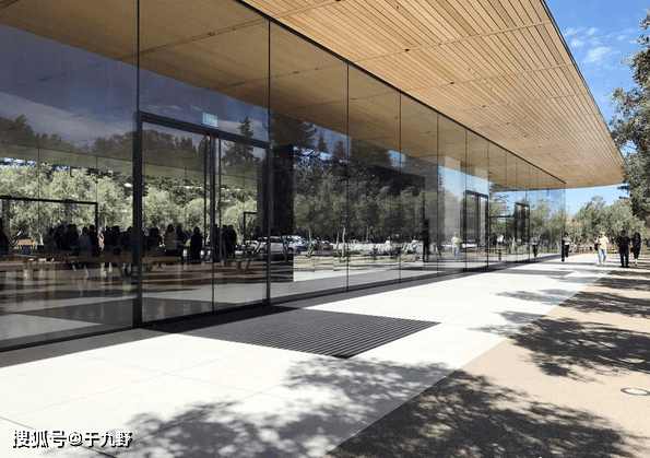 原创            外媒记者爆料!苹果最快或于本周公布iPhone 12发布会日期