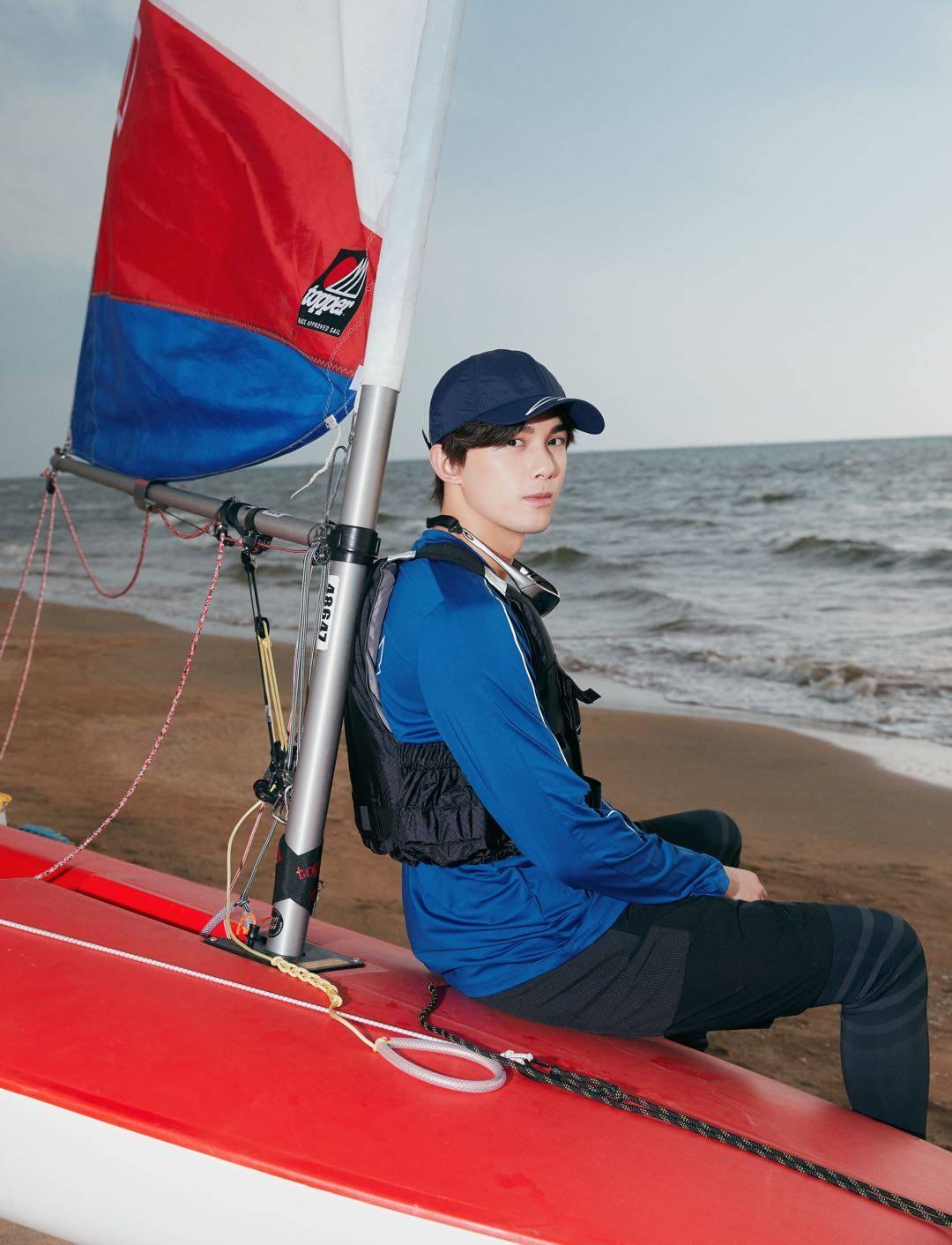 """吴磊荣任""""中国帆船帆板运动推广大使""""要做""""乘风破浪的少年"""""""