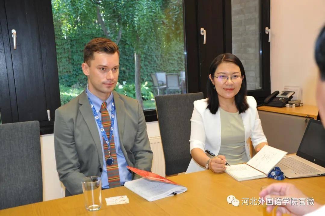 河北外国语学院是所有亚洲中学习TrplMr