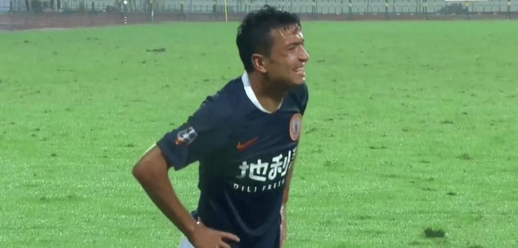 """新赛季中甲联赛分成三个赛区举行升班马成都队享受到了""""主场""""的待"""