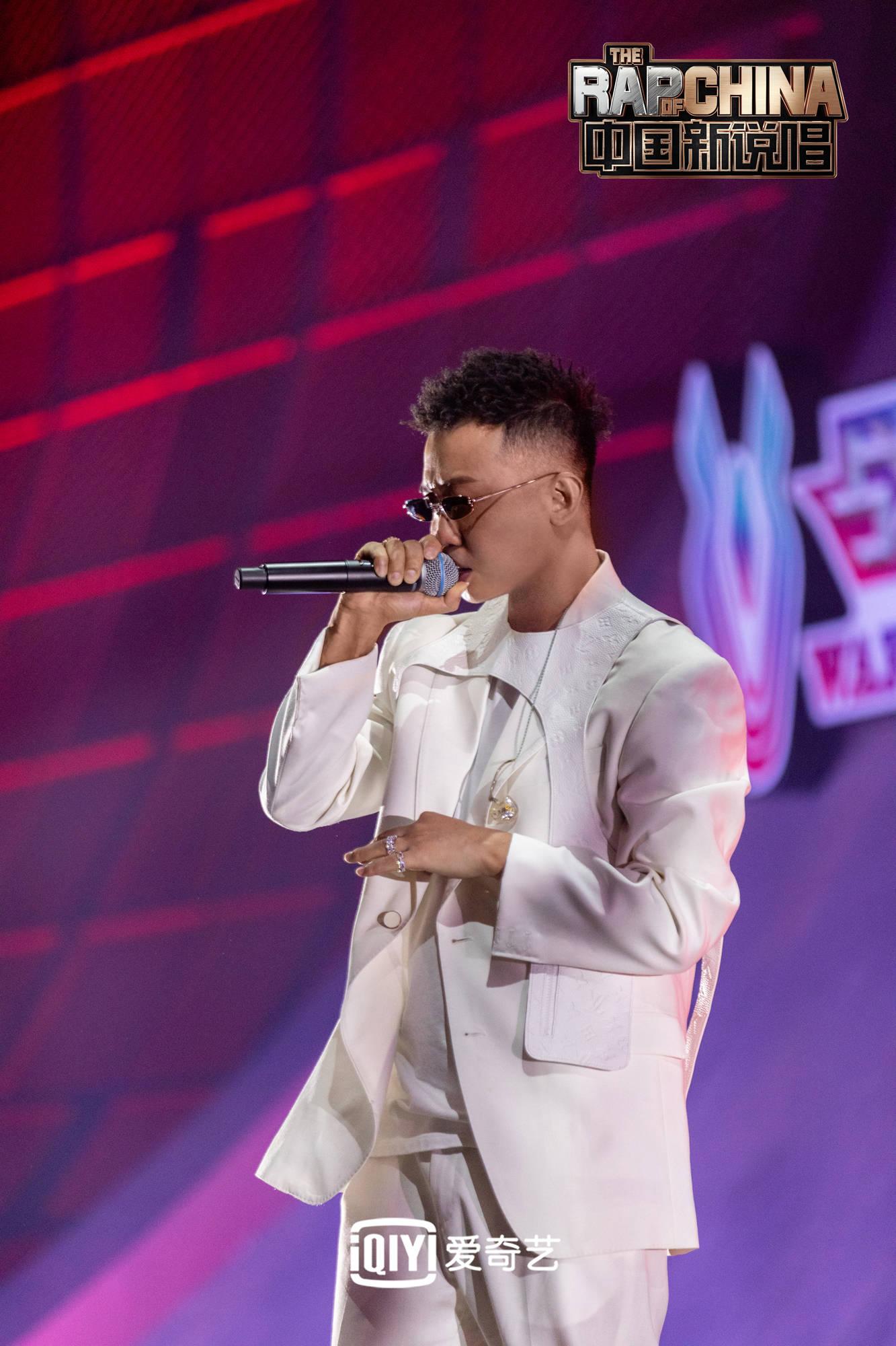 《中国新说唱2020》主理人公演火爆全网 张靓颖歌词回应15年争议