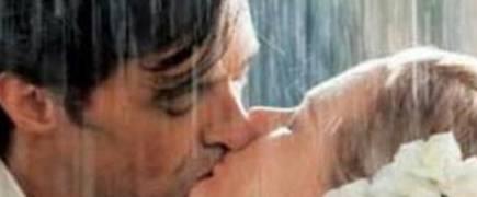 """经常接吻,身体可能会悄悄发生这几个""""改变""""现在知道还不晚!"""