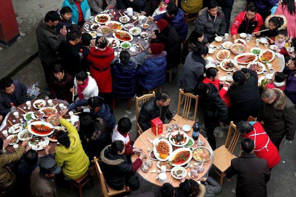"""部分农村""""冷宴""""越来越多 人们之前没有接受仪式 为什么他们"""
