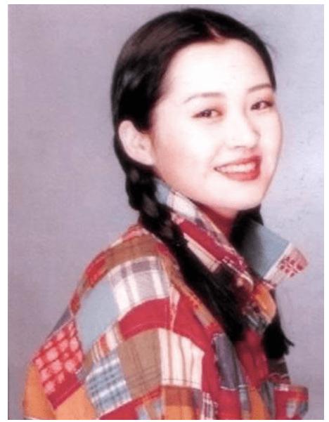 明星们的25岁:宋丹丹是迪士尼真公主,叶全真穿白衬衫很美好