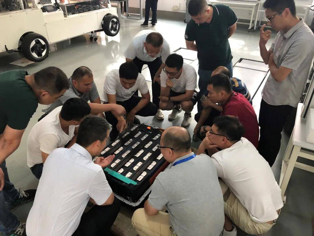 9月24-27日,青岛!《新能源(纯电动)汽车检测维修技师》高级班培训通知