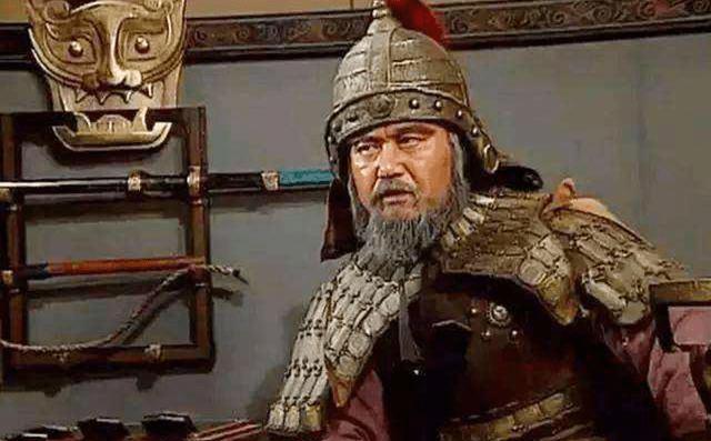 诸葛亮在死前说了27个字。如果姜维还记得蜀国,他就不会死了。可惜他忘了。 诸葛亮姜维